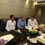 Ratan Tata and Mark Williams Mumbai India 2019-2020 (2)